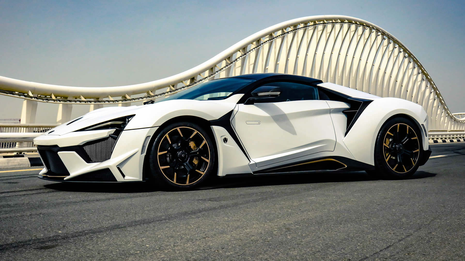 wmotors fenyr supersport
